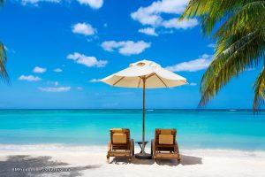 الاستثمار السياحي في العين السخنة أم الساحل الشمالي؟